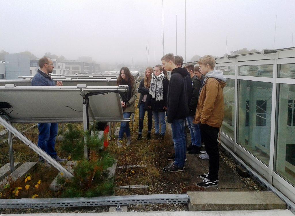Junior-Ingenieur-Akademie zu Besuch am Fraunhofer IESE