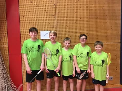Badmintonmannschaft der Schule gewinnt den Regionalentscheid